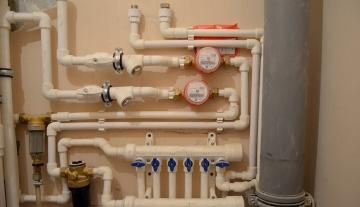 Какие выбрать трубы для замены водопровода в квартире? Все варианты используемых материалов
